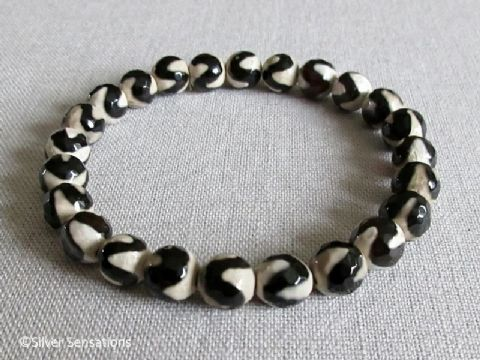Black & Cream Wavy Agate Beaded Stretch Fashion Bracelet
